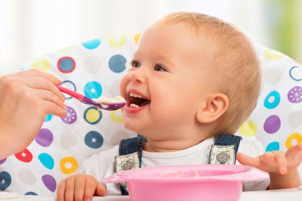 علائم اختلال بلع در کودکان